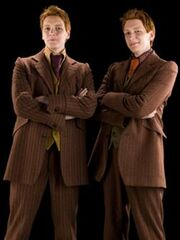 Fred and George (3)