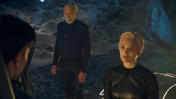 Nyssa-Vex exorcizes Brainiac from Seg-El