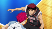 Kagami blocks Akashi