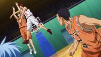 Kagami blocks Midorima shot