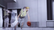 Kise copies Kagami anime