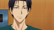Takao talks to Midorima after practice anime