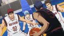 Kagami, Kuroko i Kyoshi vs Aomine