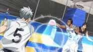Mayuzumi passes the ball to Nebuya