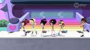 GroupRunning04HBM