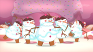108GiantSnowmenShortingTSF
