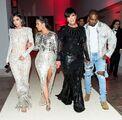Kylie-jenner-kim-kardashian-kris-jenner-kanye-83c21ca3-8a58-4cf9-a0a8-ff178a4926fc