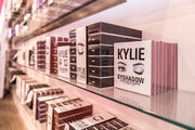 Kylie-jenner-the-kylie-shop-new-york-pop-up-tour-18