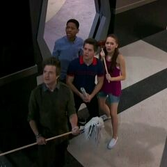 Leo, Chase, Douglas and Bree looking at the spider