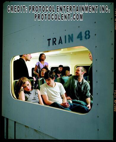 File:TRAIN48EXCL02.jpg