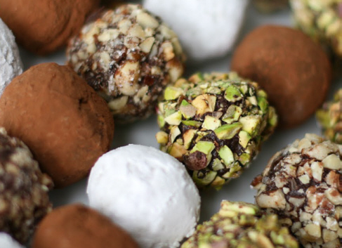 File:Chocolate truffles.jpg