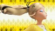 Queen Bee Transformation (08)
