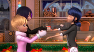 Ladybug Christmas Special (22)