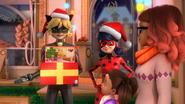 Ladybug Christmas Special (6)