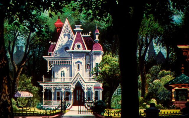 File:Walt-Disney-Lady-house.jpg