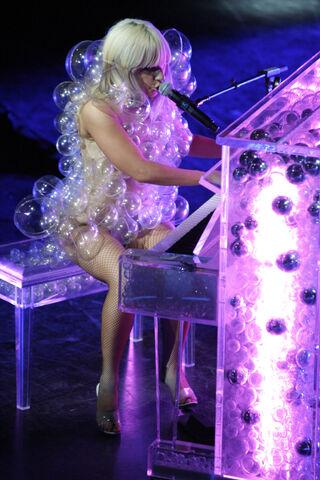 File:5-4-09 TFBT at Grammy Celebration Concert in Boston 006.jpg