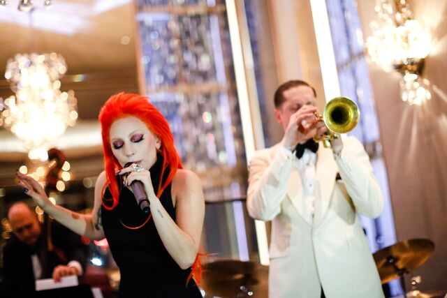 File:2-17-16 Performance at Rainbow Room in NYC 002.jpg