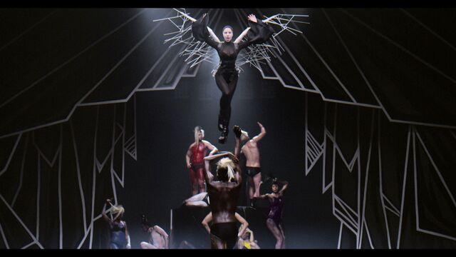File:Applause Music Video 035.jpg