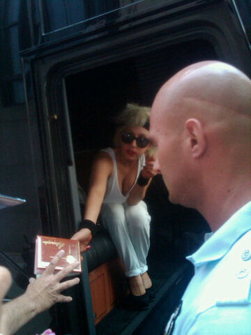 File:7-17-10 Leaving Hotel in St. Louis 001.jpg