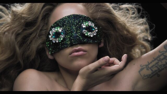 File:Applause Music Video 071.jpg