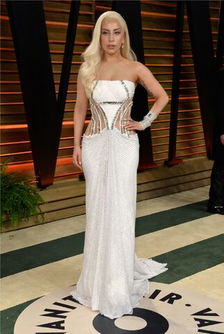 File:3-2-14 Vanity Fair Oscars After Party Red Carpet 005.jpg