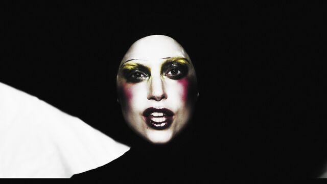 File:Applause Music Video 036.jpg