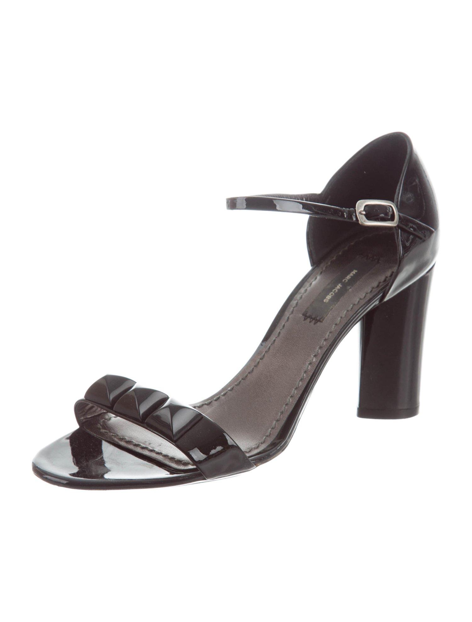01c09259e87 Shoes | Gagapedia | FANDOM powered by Wikia