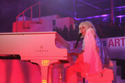 11-10-13 ArtRAVE Performance 010