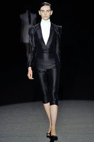 File:Bruno Pieters ss 2009 black jacket.jpg