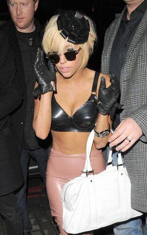 File:Gaga01280903.jpg