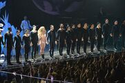 8-25-13 VMA Performance 015