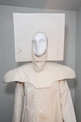 File:Mia Gyzander Costumes - 2013 MTV VMA 002.jpg
