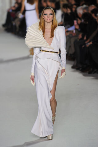 File:Stephane Rolland - Spring-Summer 2012 HC Collection.jpg