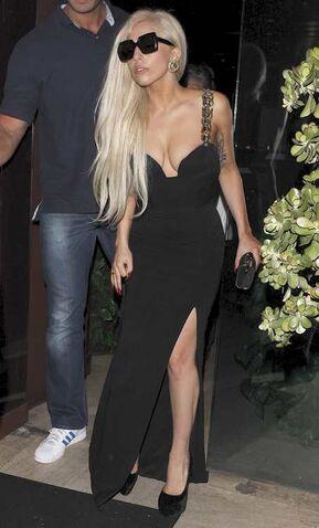File:Leaving Crustacen restaurant in Beverly Hills (10-08-11).jpg