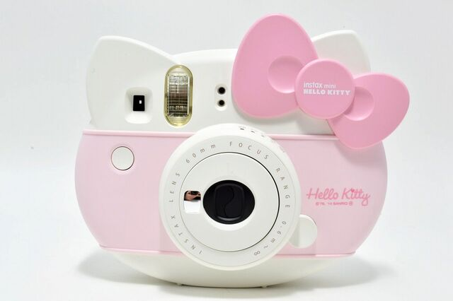 File:Hello Kitty - Instax Mini.jpg