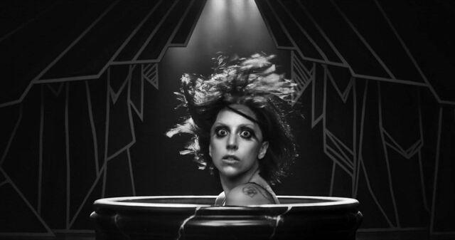 File:Applause Music Video 018.jpg
