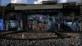 Born This Way Ball Stage Illustrations By Stufish 011
