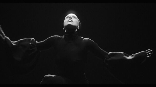 File:Applause Music Video 030.jpg