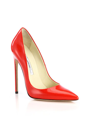 File:Brian Atwood - Point toe patent leather pump.jpeg