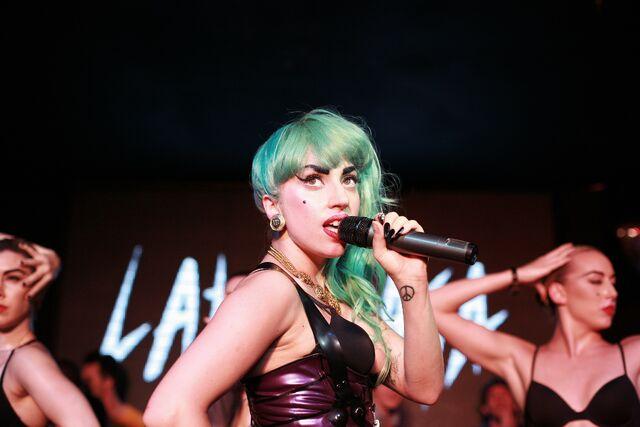 File:7-11-11 At Nevermind Nightclub in Sydney 005.jpg