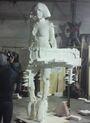 BRITs statue 008