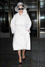 12-1-14 Leaving her apartment in NYC 004