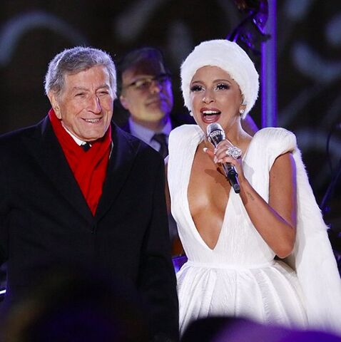 File:12-1-14 NBC's ''Christmas In Rockefeller Center'' 001.jpg