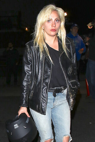 File:4-29-16 Arriving at Giorgio Baldi Restaurant in LA 001.jpg