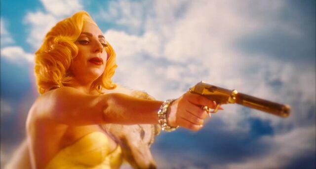 File:Machete Kills Trailer 012.jpg