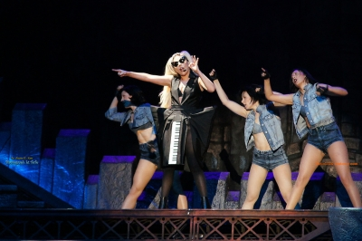 File:The Born This Way Ball Tour Just Dance 001.jpg
