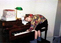 Lady-gaga-piyano