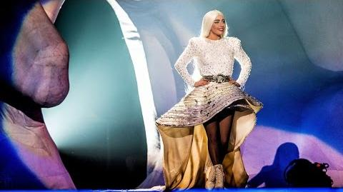 """Lady Gaga - """"Gypsy"""" (Live at artRAVE in Paris)"""