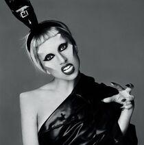 Lady-Gaga-2011-Promo-01-e1301157948317