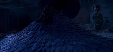 Kubo-and-the-Two-Strings-feathers-land